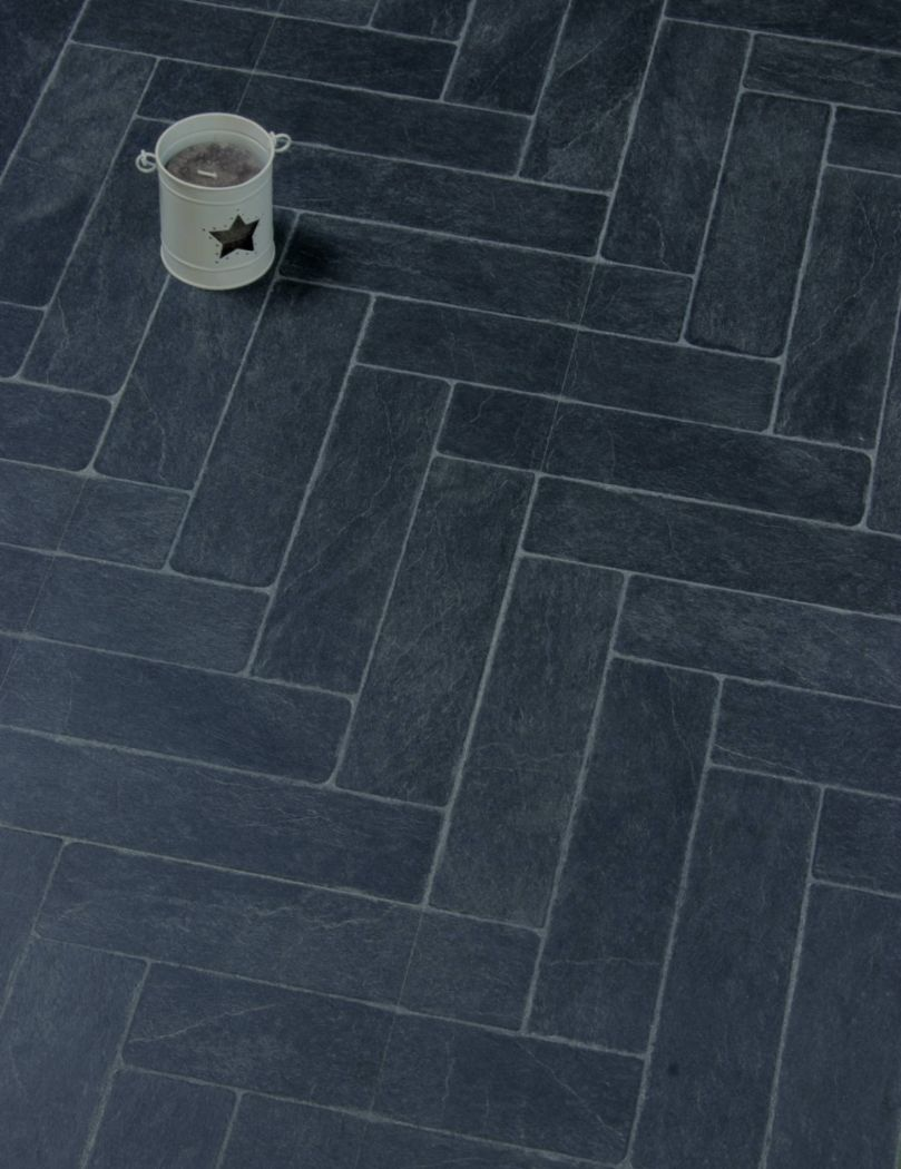 Faus Negro dark tile laminate flooring