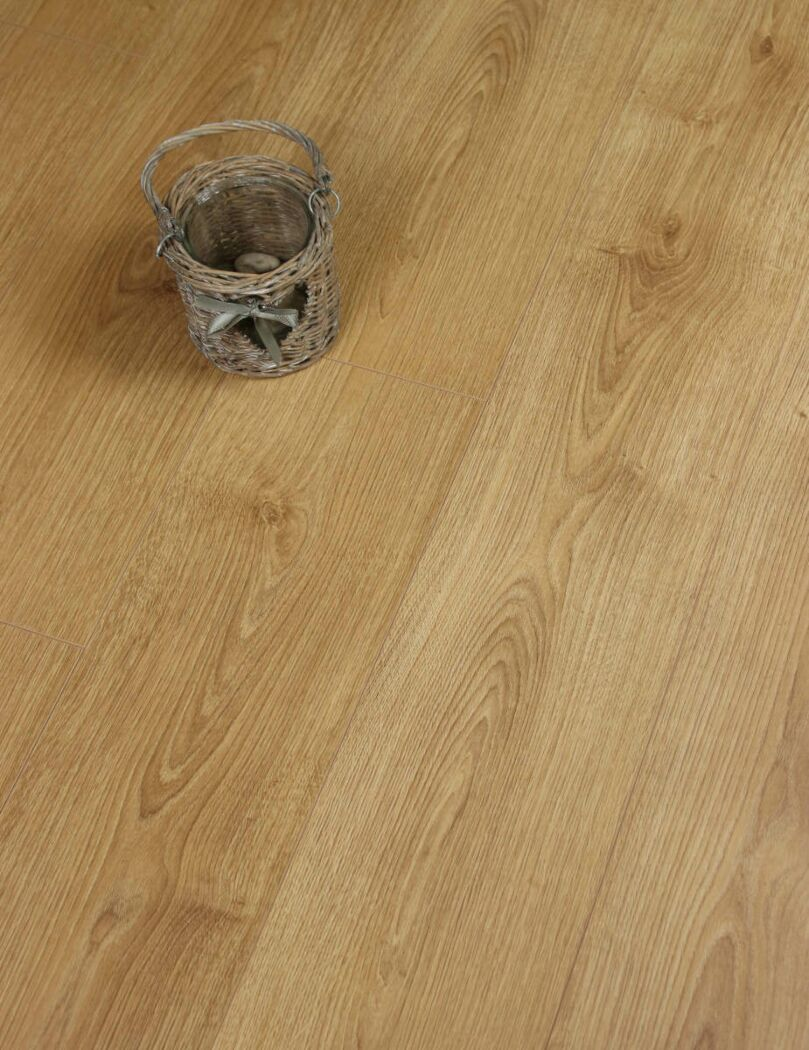 Egger Honey Brook Oak Laminate Flooring