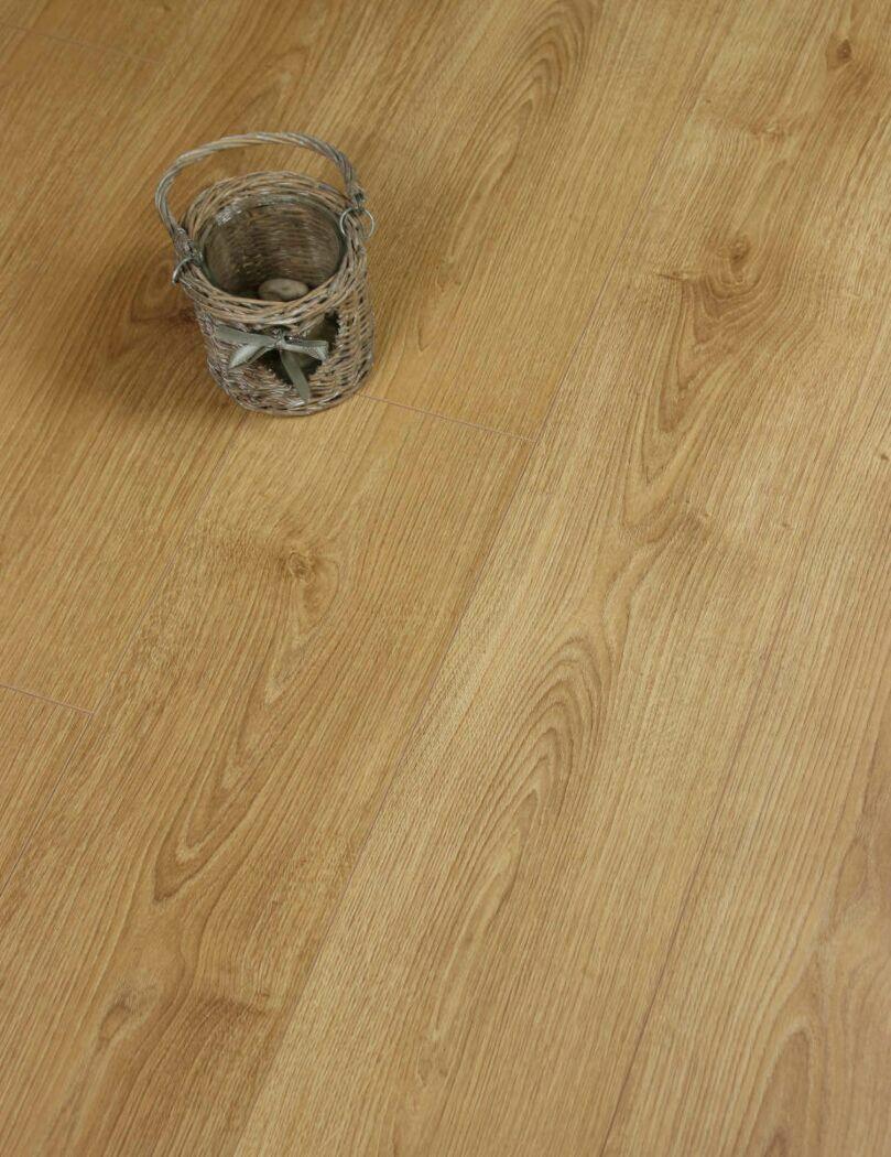 Honey Brook Oak Laminate Flooring
