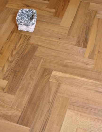 Calvin Oak Matt Herringbone Oak